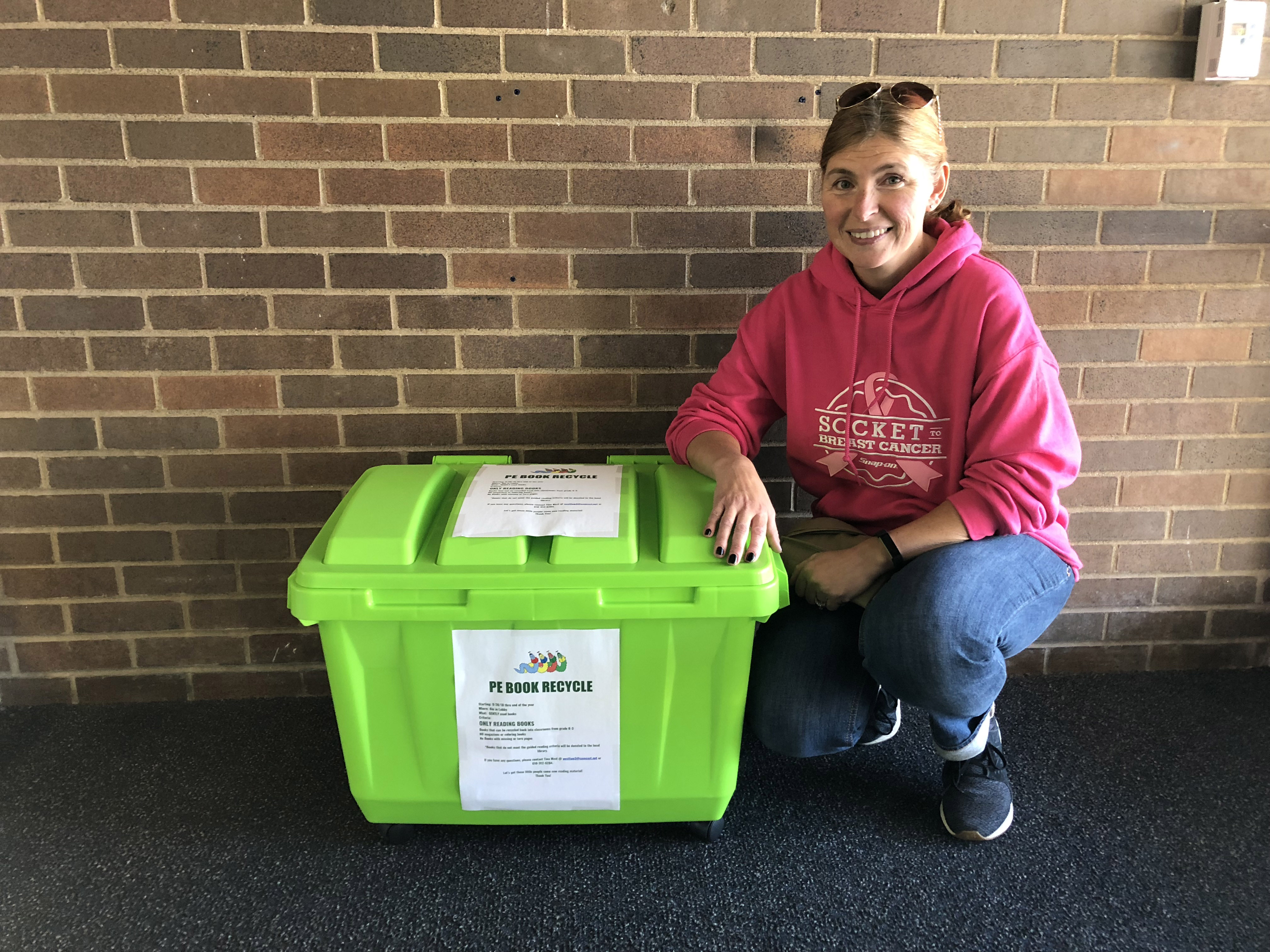 Making A Difference Pe Book Recycle Program News Item Cms Colonial School District