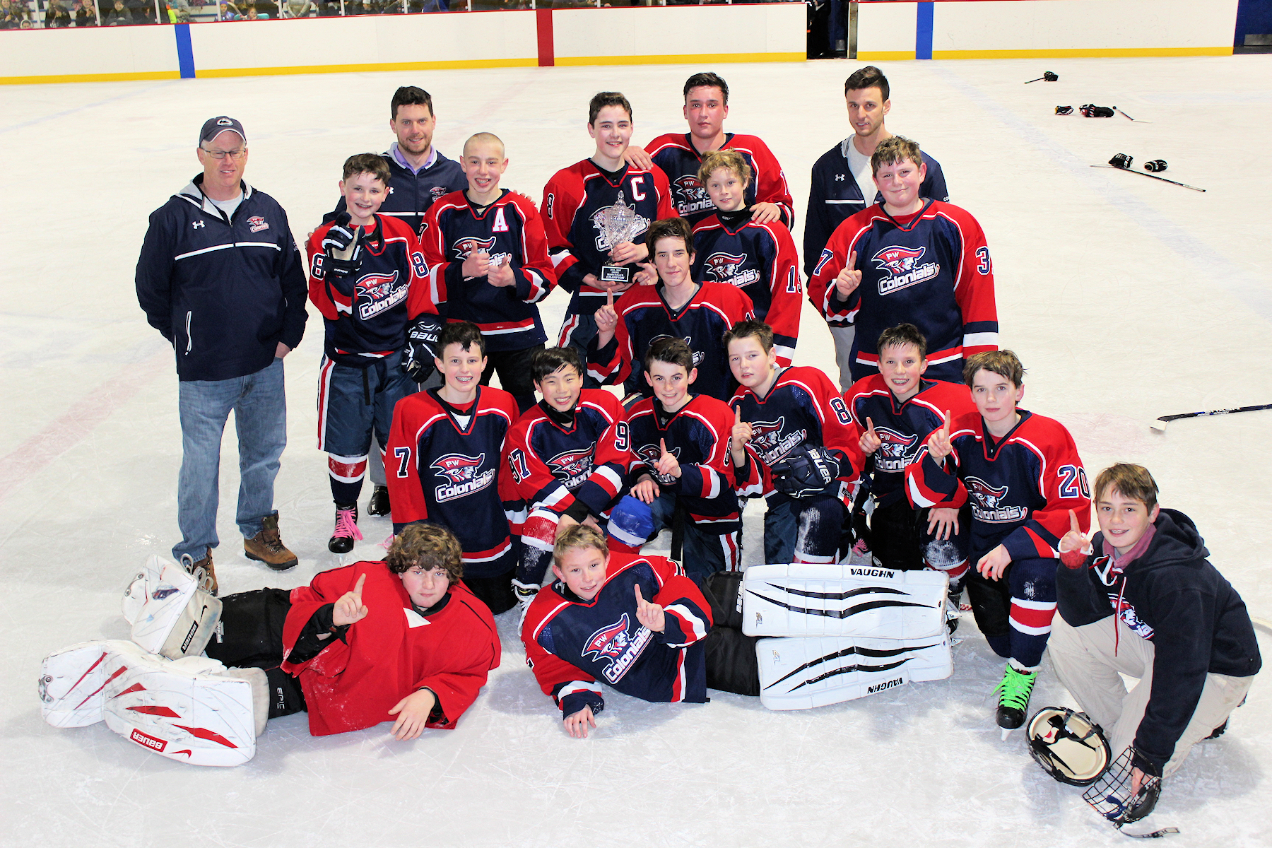 Middle School Ice Hockey Club Wins League Title News