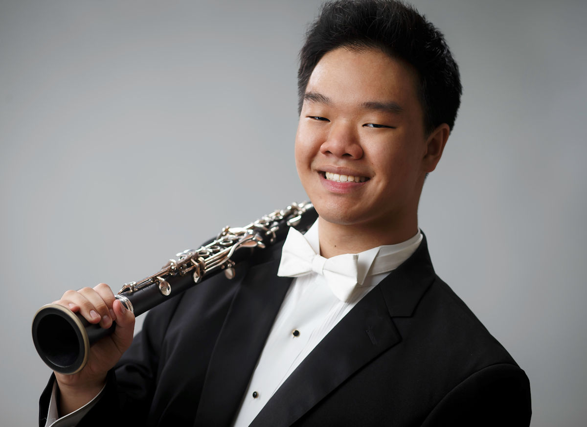 Timothy Kim with clarinet