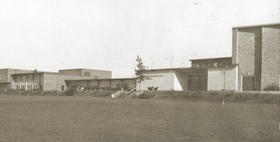 Black and white photo of Plymouth Whitemarsh High School from the 1950s